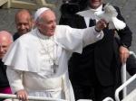 Papa Francisco con paloma